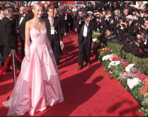 13. ACADEMY AWARDS FASHION - ABC NEWS GMA
